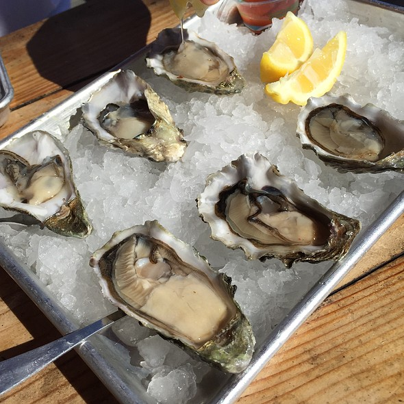 Oysters @ New England Lobster Market & Eatery