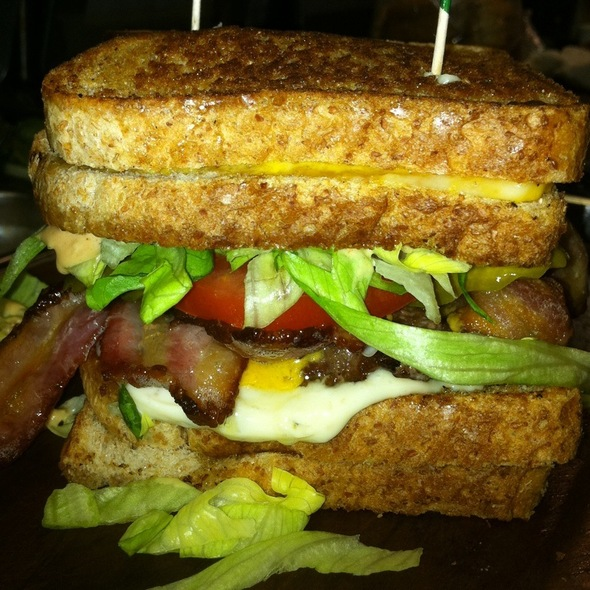 Grilled Cheeseburger @ Sandpiper Golf Club