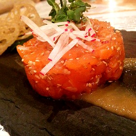 Salmon Tartare, Miso Apple Puree, Lotus Root Chips