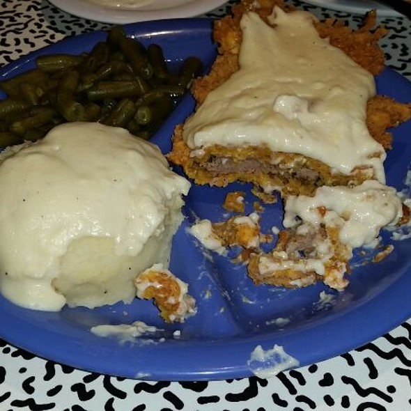 Chicken Fried Steak @ Avalon Diner