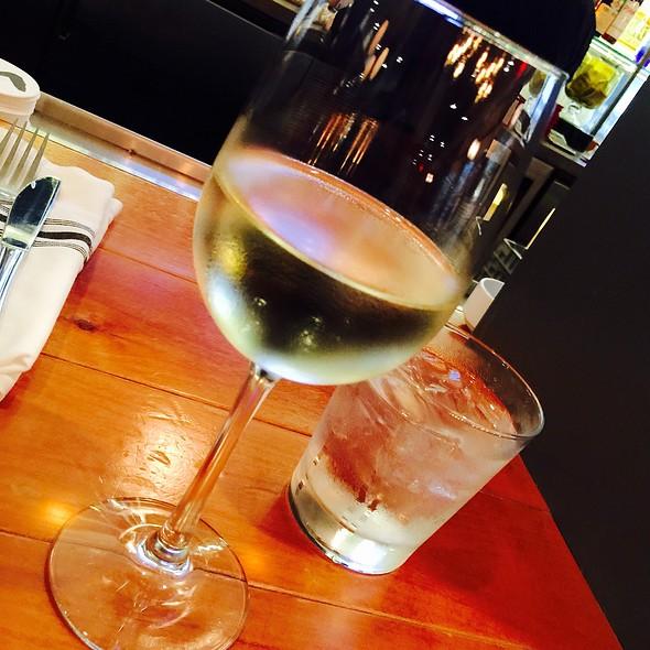 Whitehaven Sauvignon Blanc - Monti's Rotisserie & Bar, Santa Rosa, CA