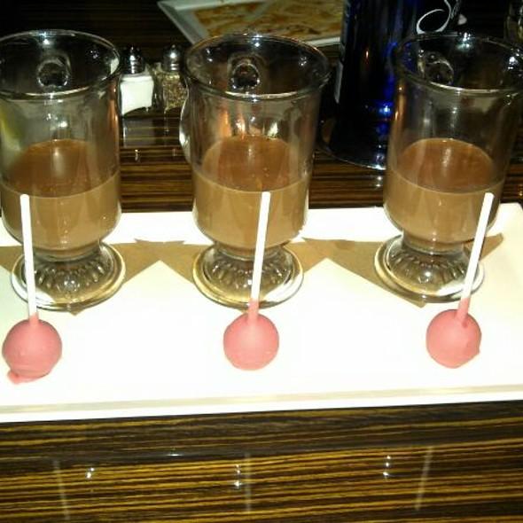 Hot Chocolate - R2L, Philadelphia, PA