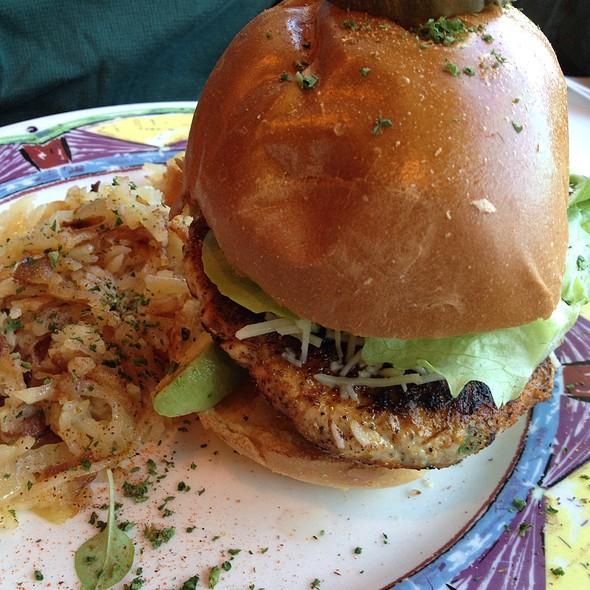 Poppy's Blackened Turkey Burger