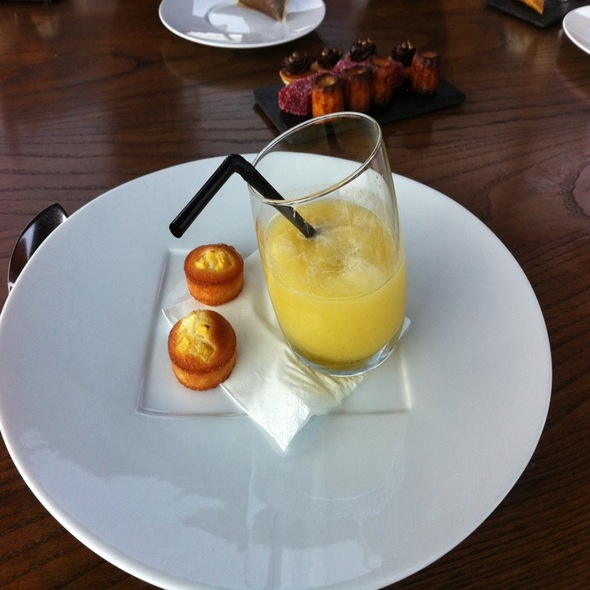 Gaspacho D'ananas @ Les Ombres