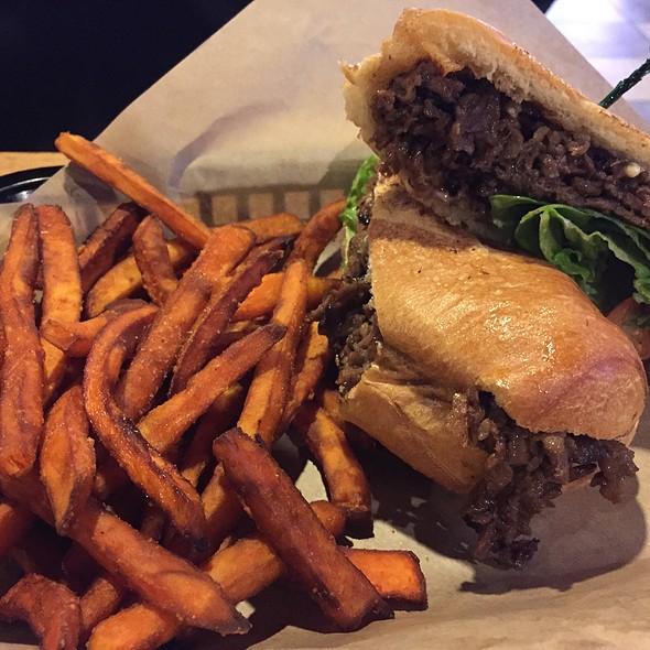 Asian Hogi @ LA Burger