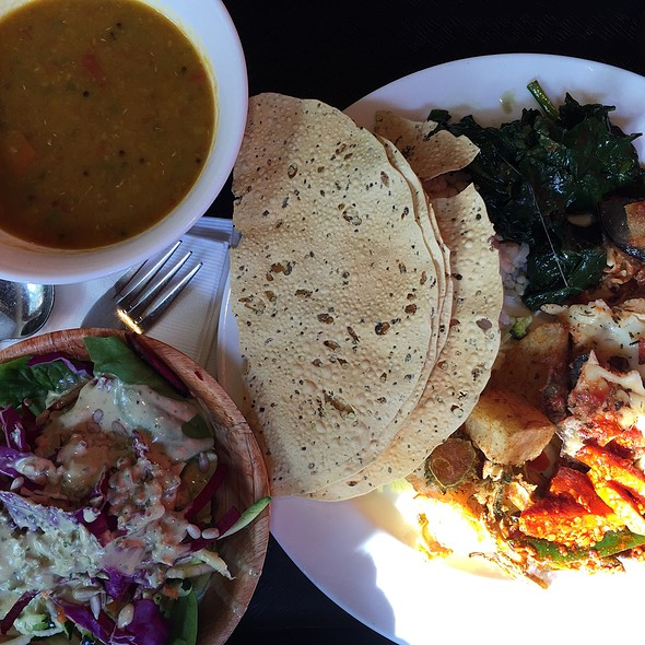 Vegetarian Buffet @ Kalachandji's Palace & Restaurant