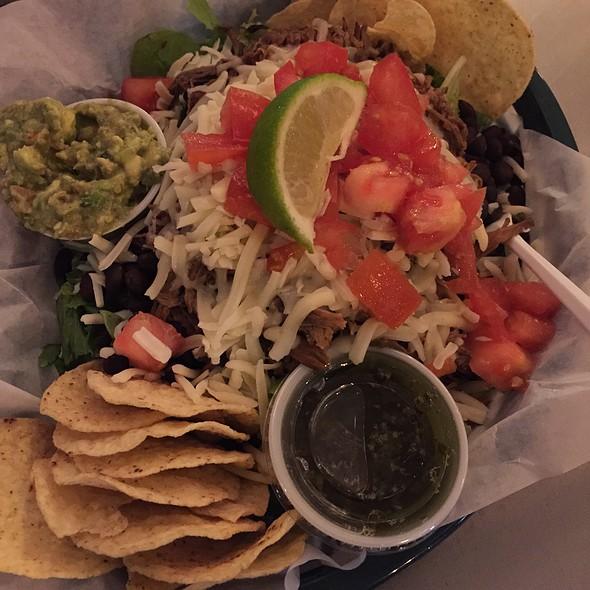 Verde Beef Salad @ El Burrito