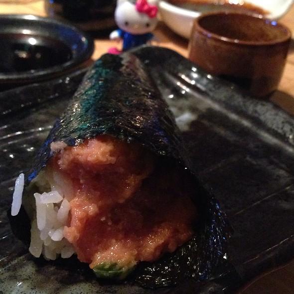 Spicy Tuna Handroll Hh @ Sushi Roku