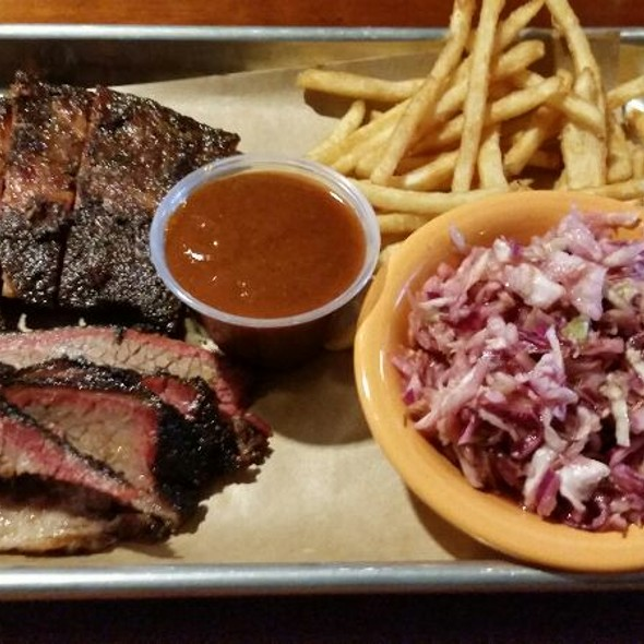 Burnt Ends and Beef Briskets  @ Black Dog Smoke & Ale House