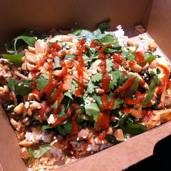 Yum Yum Rice Bown with Chicken