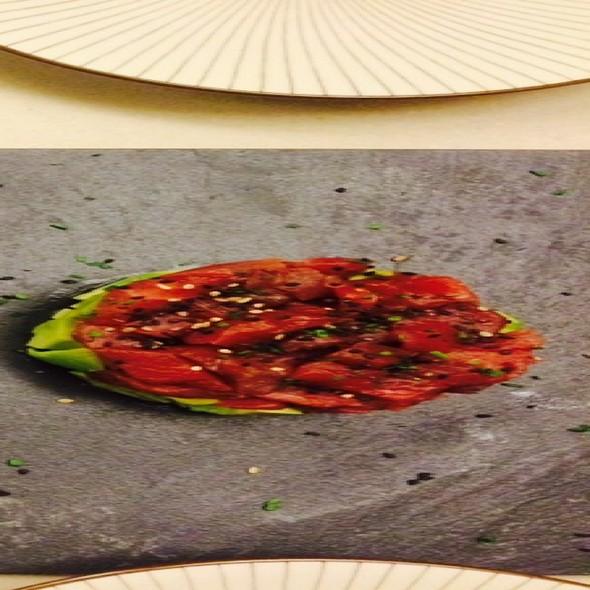 Tartar De Salmon Y Atun Con Aguacate @ Mori By Parco Sushi Bar