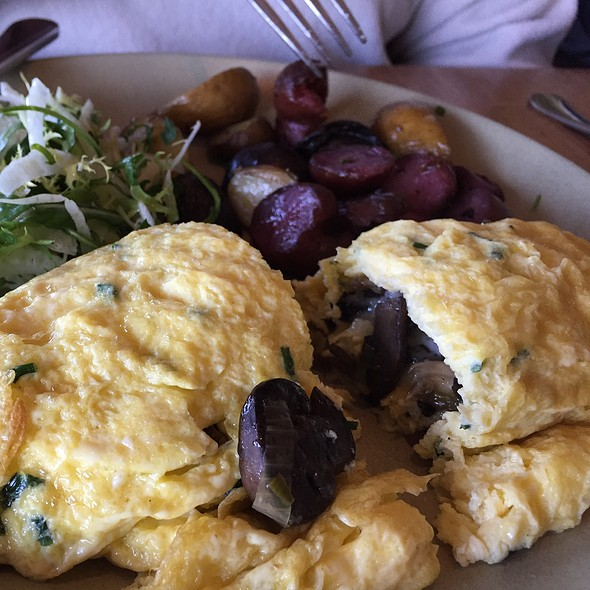 Wild Mushroom And Leek Omelet - Greens Restaurant, San Francisco, CA