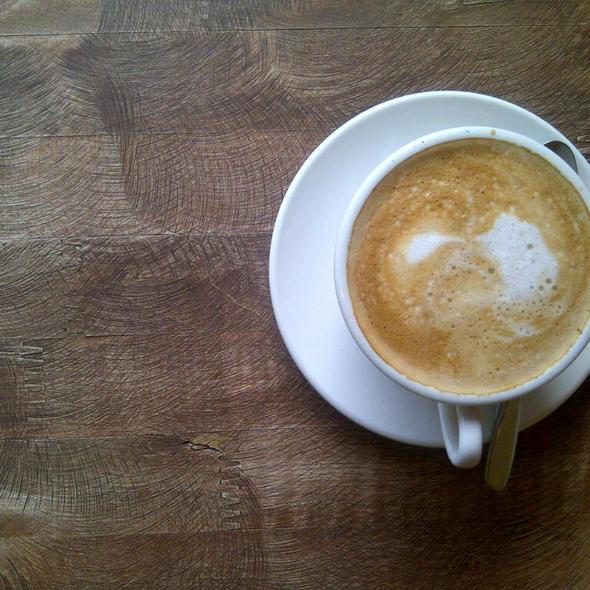 Cafe Latte @ le zigoto café