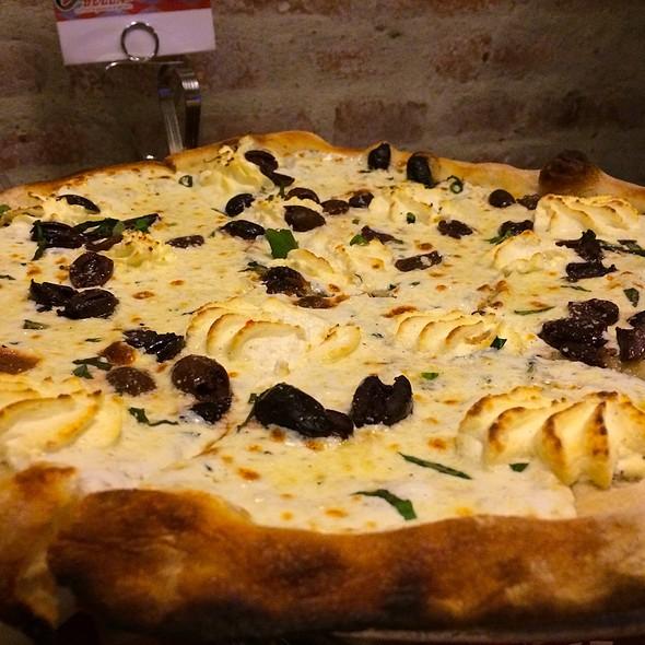 white pizza @ Lombardi's Pizza