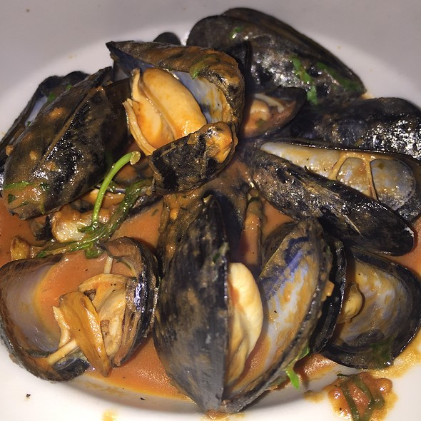 Mussels Marinara - Tuscan Grill - Fort Lauderdale, Fort Lauderdale, FL