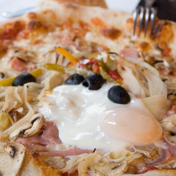Pizza @ Pizza Sant'Antonio