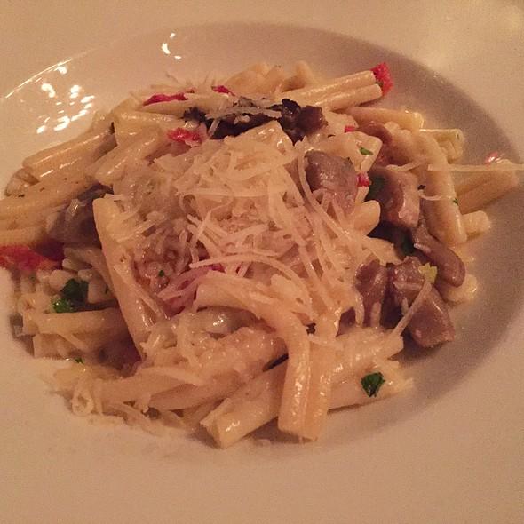 Pasta With Mushrooms And Truffle Oil - Chez Josephine, New York, NY