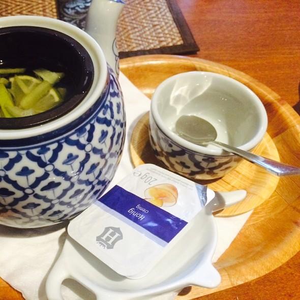 Abwarten Und Tee Trinken Heissgetränk @ Restaurant Thai-Elephant