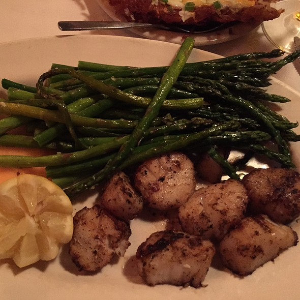 Charcoal Grilled Scallops - JD Hoyt's, Minneapolis, MN