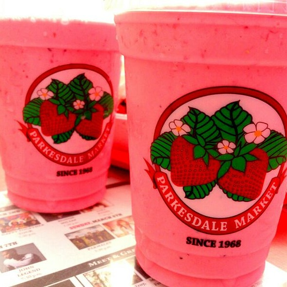 Strawberry Milkshake @ Parkesdale Farm Market