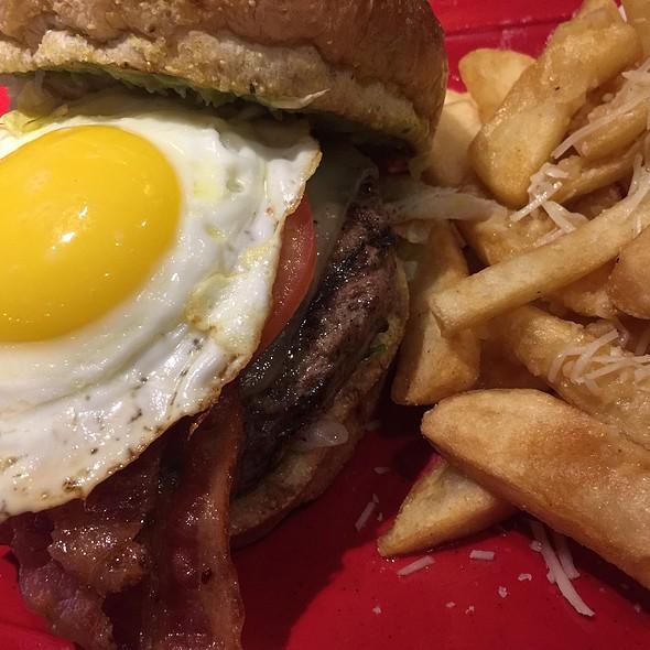 Gourmet Burger Guacamole Bacon With Runny Egg