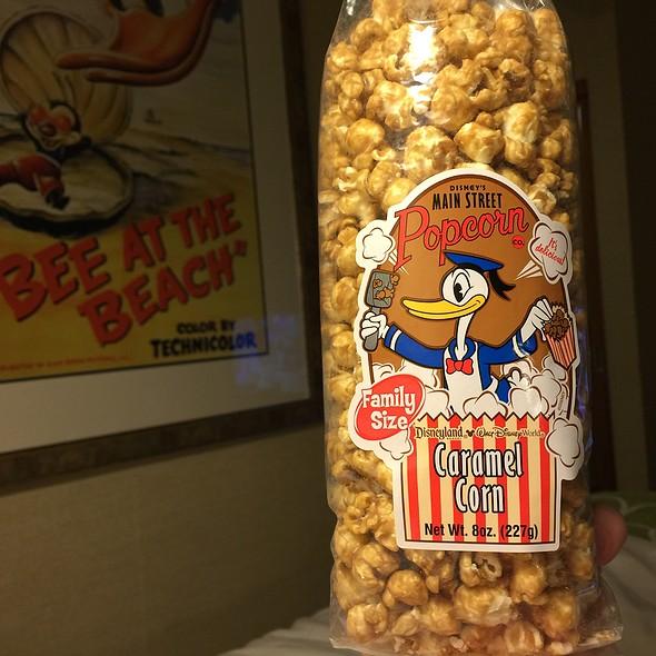Main Street Caramel Corn