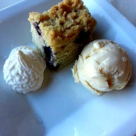 Coffee Cake - Nicollet Island Inn, Minneapolis, MN