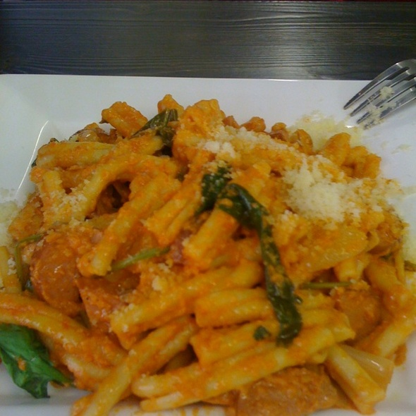 sausage and spinach pasta @ nyam