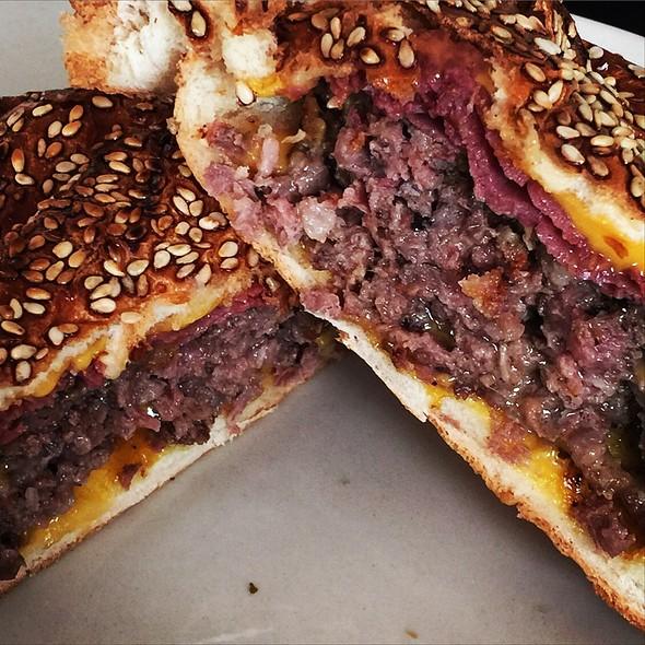 Hamburger @ Nusr-Et Burger