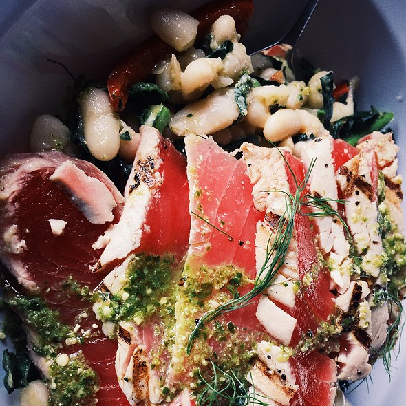 Tuscan Tuna Kale Salad @ Table 57 Dining & Drinks
