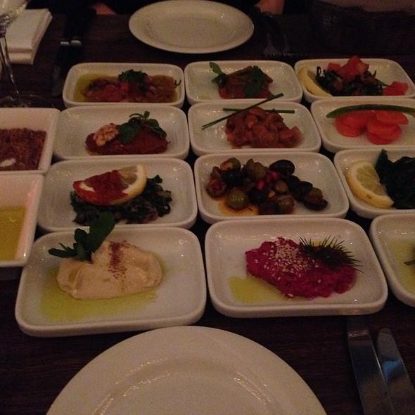 Diverse Vorspeisen @ Restaurant Mazza Hamburg