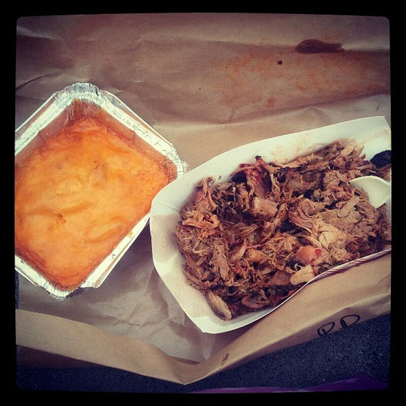 Pulled Pork + Mac & Cheese