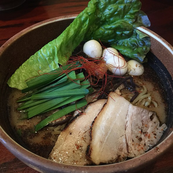 Garlic Pork Broth Ramen @ Ramen Dojo