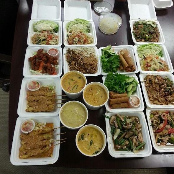 Thai Food @ Olay's Thai Food Express