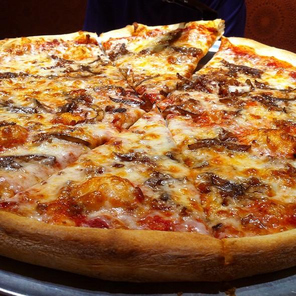 New York Style Pizza @ Va Bene
