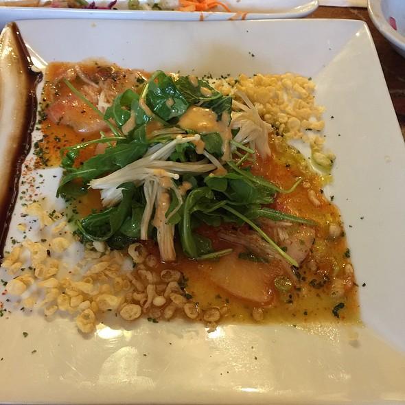 Sashimi De Hamachi