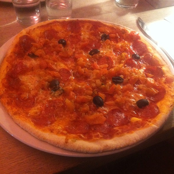 Pizza Toscana @ Vapiano Helsinki