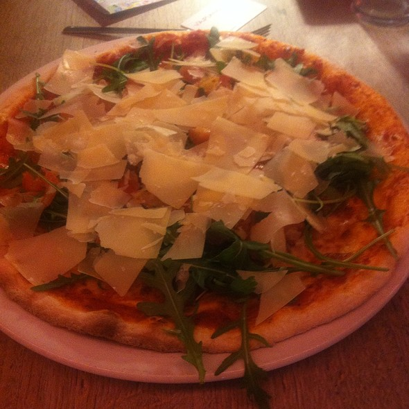 Pizza Bruschetta @ Vapiano Helsinki