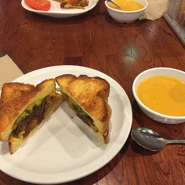 Short Ribs Grilled Cheese & Tomato Bisque @ BC Cafe