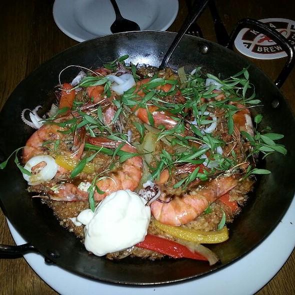 Shrimp paella @ Blue Marlin Waikiki