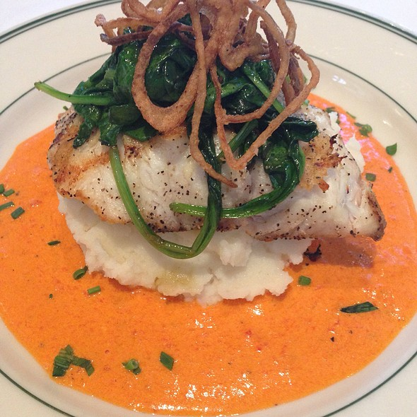 Seabass With Spinach And Smoked Red Bell Pepper Cream Sauce. - MacArthur Park - Palo Alto, Palo Alto, CA