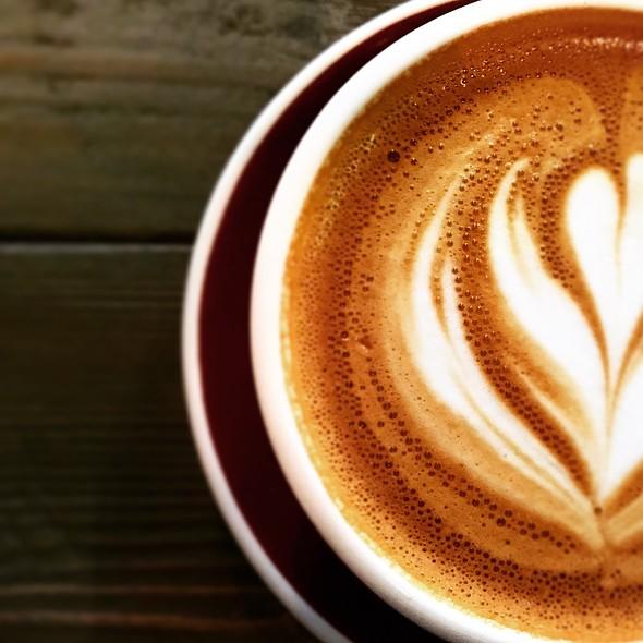 Flat White @ CoCo Espresso