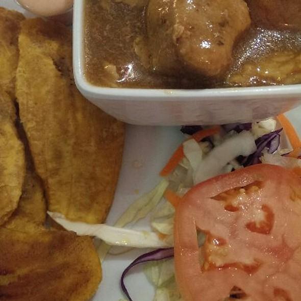 Lechón En Salsa De Plátano @ El Jibarito