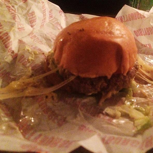 Cheeseburger @ Dirty Burger