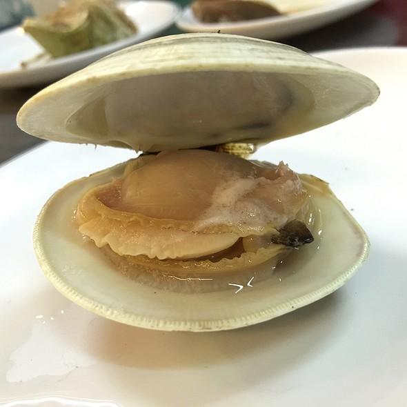 超大牛奶蛤 @ 轉角海鮮食堂
