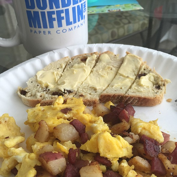 Corned Beef Hash With Eggs And Irish Soda Bread @ Myplace