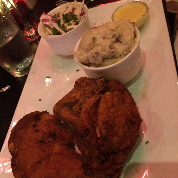 fried chicken @ Old Skool Cafe