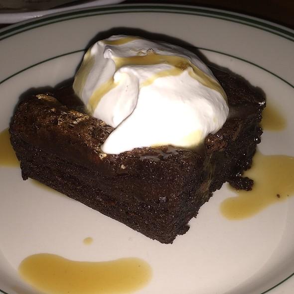 Mrs Joppies Gooey Chocolate Cake - Bar Avignon, Portland, OR