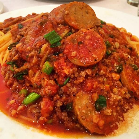 Spaghetti Bolognese With Italian Sausage