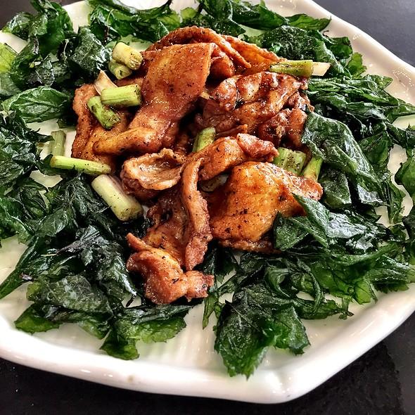 Teochew Chicken @ Pak Loh Chiu Chow Restaurant 百樂潮州酒家